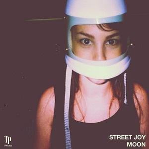 Street Joy - Moon Lyrics