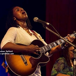 Ruthie Foster - Singing The Blues Lyrics
