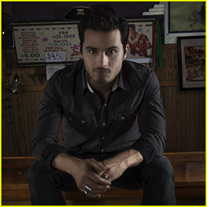 Michael Malarkey - Feed The Flames